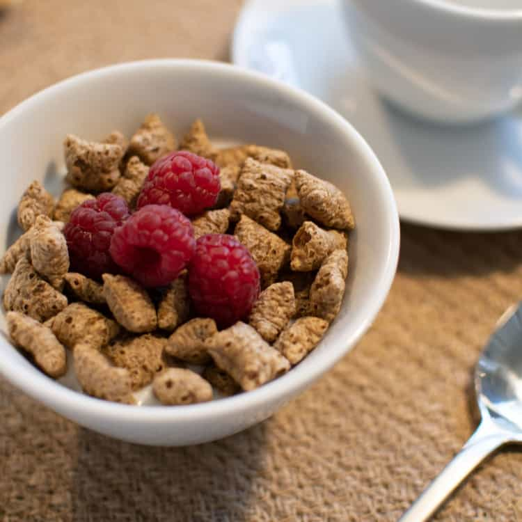 image of dry cereal as a healthy snack for work